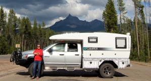XPCamper. Posing in front of Mt. Thielson, Oregon (August 2015)
